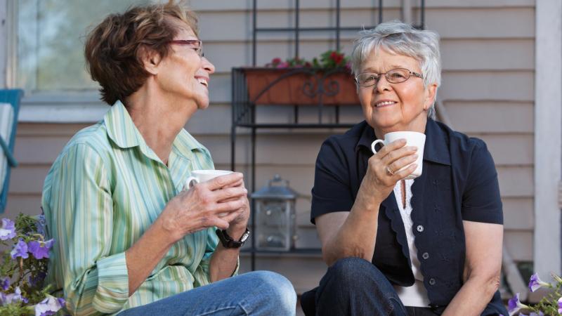 mötesplatser för äldre i abborrberget)